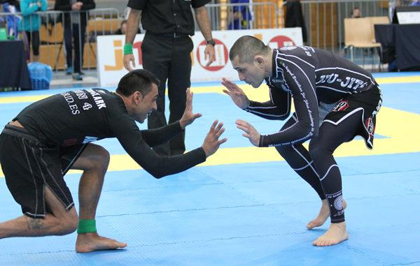 Best BJJ Rash Guard | Top 5 Best Jiu Jitsu Rash Guards - evolved MMA